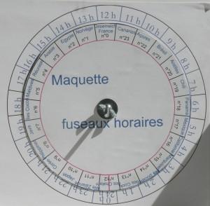 Montage à vocation pédagogique pour expliquer les décalages horaires selon les fuseaux. Coll. C.L.