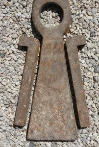 Louve trouvée dans une carrière à Vers- Pont du Gard.